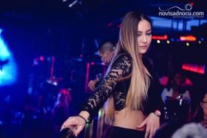 Aleksandra Mladenović za sjajnu subotu u klubu Paradiso!